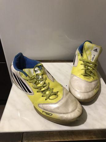 Футзалки Adidas F10 41розмір
