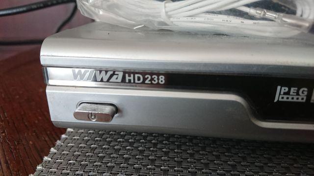 Odtwarzacz DVD wiwa HD238