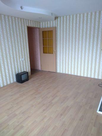 Продам д во кімнатну квартиру