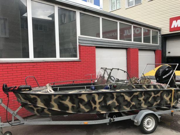 Лодка, катер Прогресс 4