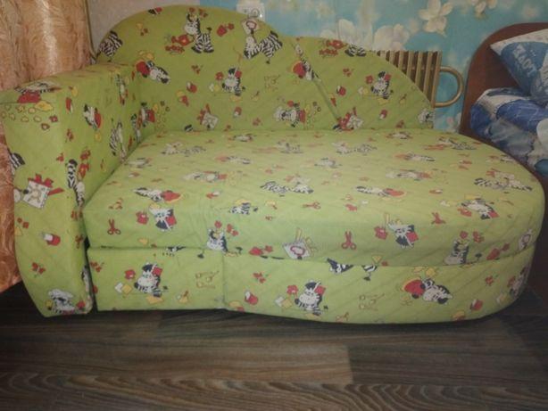 Продам диван- малютка.