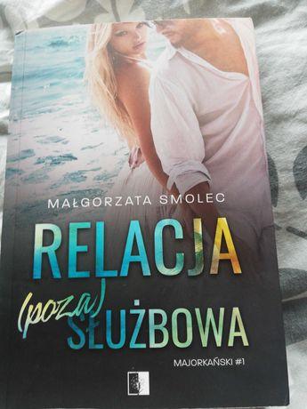 Relacja (poza) służbową Małgorzata Smolec