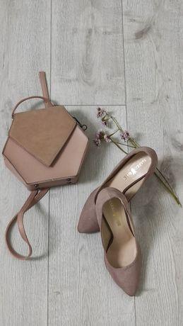 Продам туфлі на підборах