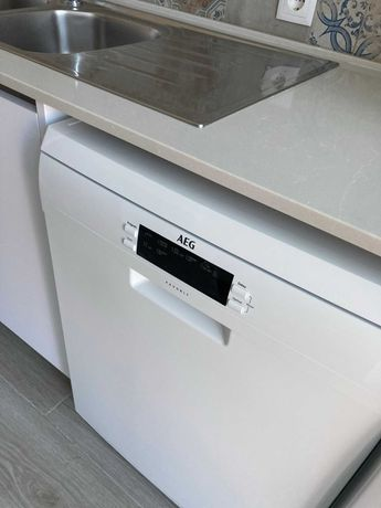 Máquina de Lavar Louça AEG FFB63700PW Livre Instalação NOVA