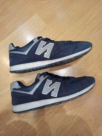 Тёмно-синие кроссовки под new balance размер 39-40
