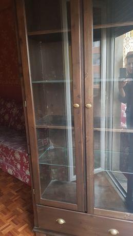 Armário com portas e gaveta + movei + 2 sofás +1 camiseiro +1 móvel tv
