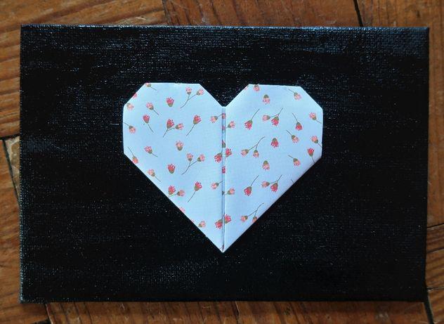 Quadro com coração origami