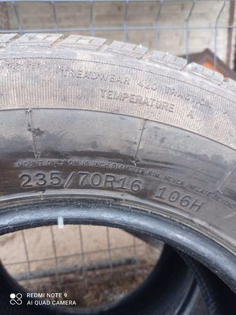 Opony 235/70 R16