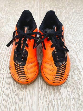 Продам детские футзалки Adidas 28 р