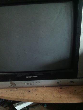 Продам телевізор який потребує ремонту