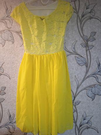 Два платтячка для дівчаток