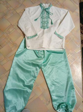Вышиванка костюм