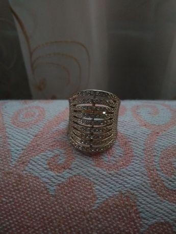Продам кольцо...
