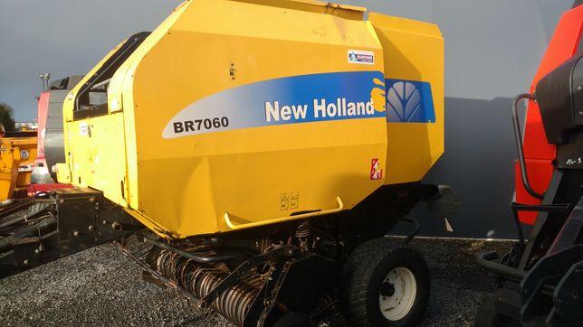 Prasa zwijająca New Holland BR7060