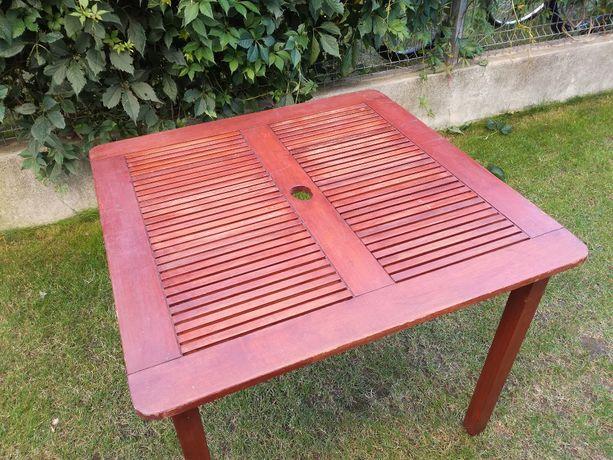 Stolik ogrodowy, drewniany, drewno egzotyczne