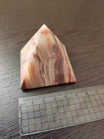 Пирамиды из камня 5 и 6 сантиметров стороны