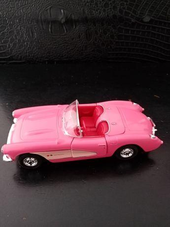 Carro Chevrolet corvette descapotável Rosa novo. 12 cm