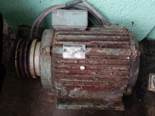 Електромотор 0,4кВт 3100об/хв GDR