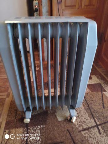 Продам масляный радиатор 9 секций