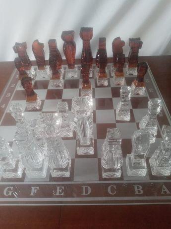 Ekskluzywne szachy kryształowe