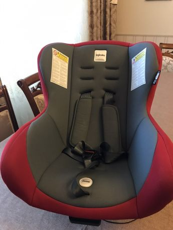 Кресло автомобильное с вкладышем