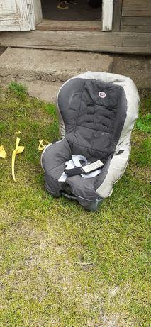 Дитяче автомобільне крісло і ліжечко