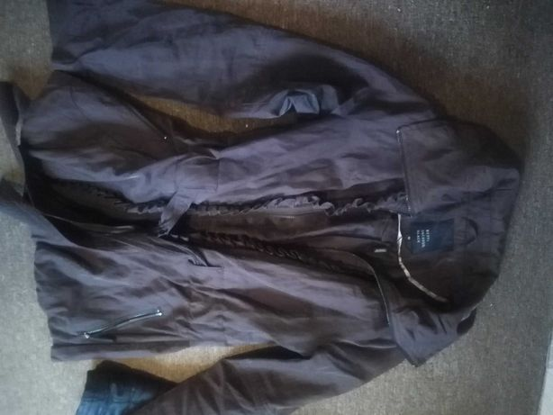 Oddam dwie kurtki damskie rozmiar 38