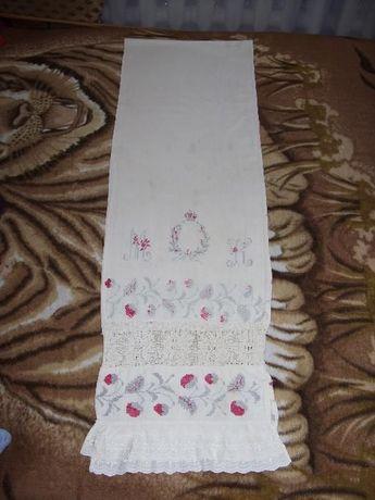 """вышитый свадебный рушник з инициалами """"М-Н"""""""