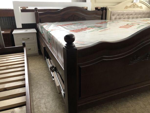 Ліжко з масиву бука