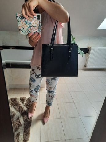 Czarna torebka klasyczna C&A