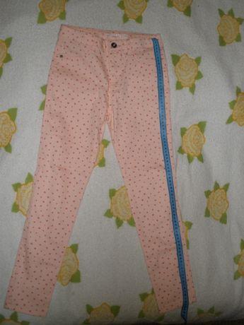 Новые брюки для девочки торговой марки LC WAIKIKI