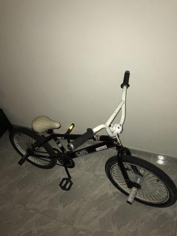 Bicicleta BMX Berg usada Sem Travões
