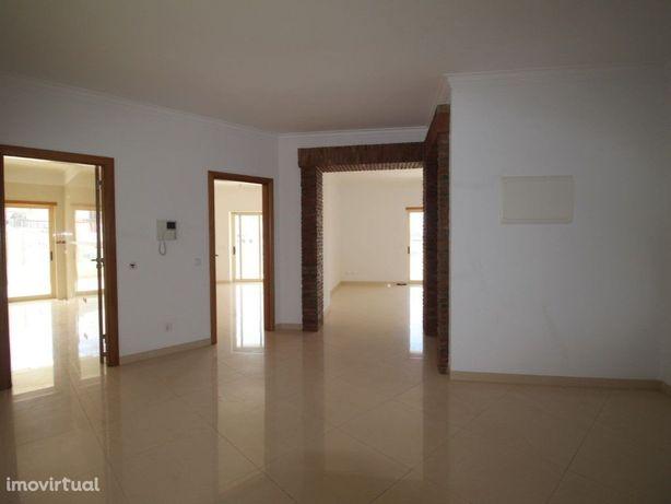 Algarve, Ferragudo, Apartamento T2 duplex com excelente q...