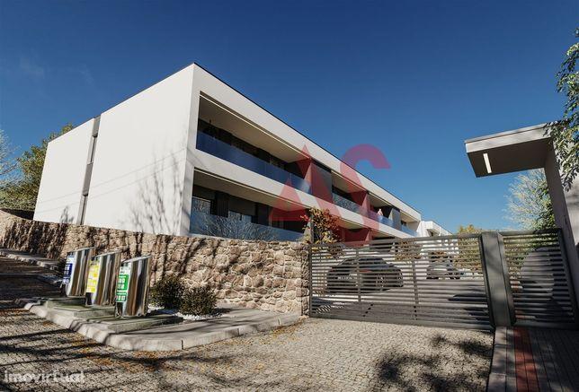 Apartamento T3 com logradouro em Abade Neiva, Barcelos