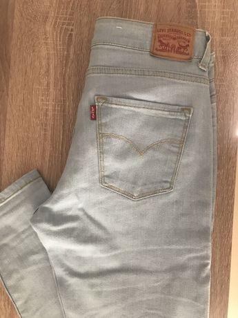 Jeans Senhora Levis