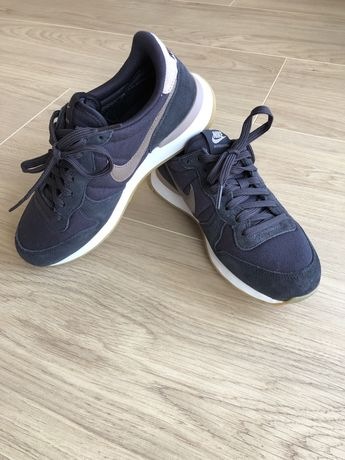 Nike Internationalist damskie/youth r. 36 jak nowe