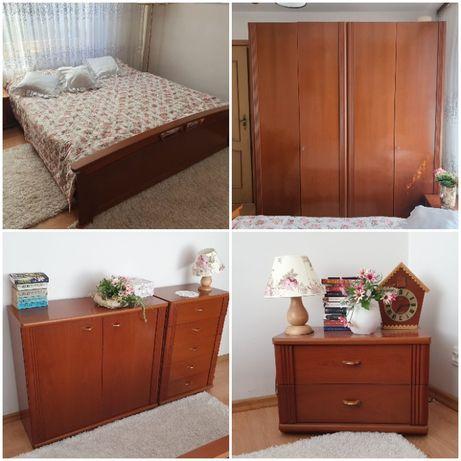 Zestaw drewnianych mebli sypialnianych, 6 elementów - OKAZJA!