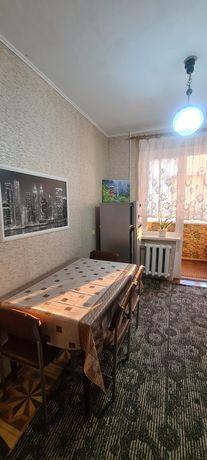 Хорошая 2 комнатная квартира на Таврическом