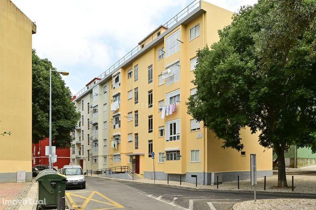 Apartamento T2 em São Domingos de Benfica