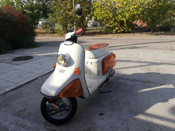 Эксклюзивный мопед Honda Julio