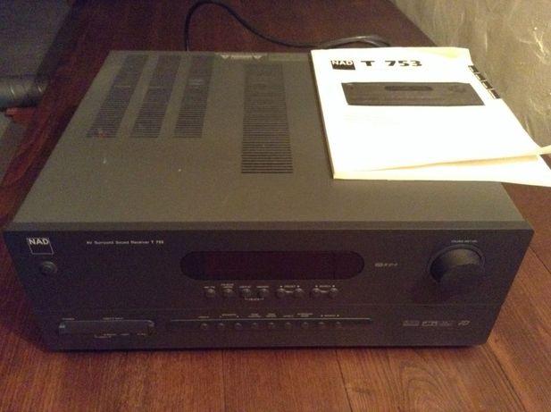 Amplificador NAD T753