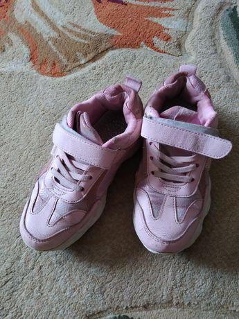 Кросівки для дівчинки 6-7 років. Кроссовки для девочки.