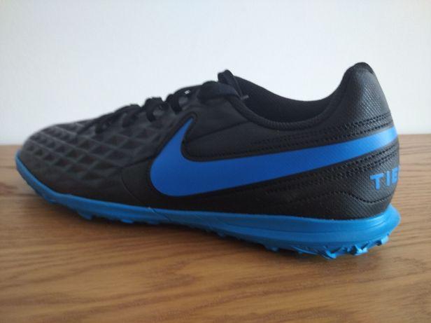 Calçado futebol Nike para piso sintético n 41