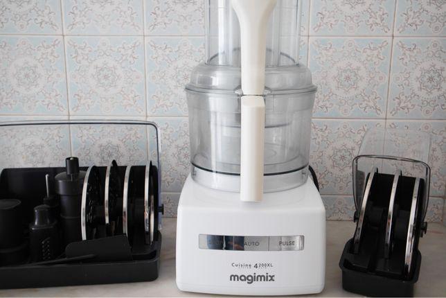 Poderoso Processador de alimentos profissional  - MAGIMIX 4200 XL