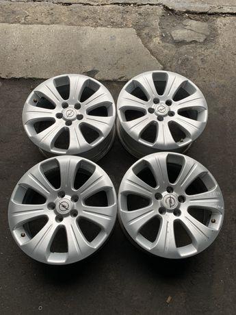 """Felgi aluminiowe Opel Vectra C Zafira B Signum 17"""" 5x110 7J ET39"""