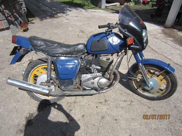 Мотоцикл ІЖ-Планета3