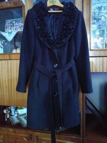 Пальто кашемірове 44 розмір чорне