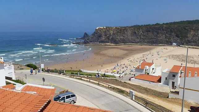 Casas de férias  - S. Miguel/Odeceixe/Zambujeira do Mar