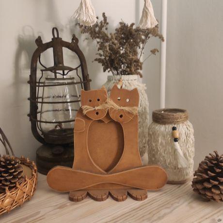 Rustykalna drewniana ramka na zdjęcia koty kotki