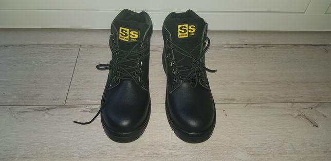 Sprzedam nowe dwie pary butów roboczych roz. 43